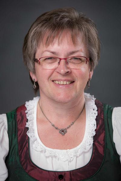 Margit Lehner - Goldhaubengruppe Pichl bei Wels
